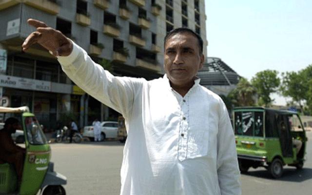 سری لنکن ٹیم کو بچانےوالے ڈرائیور کو شاندار انعام مل گیا