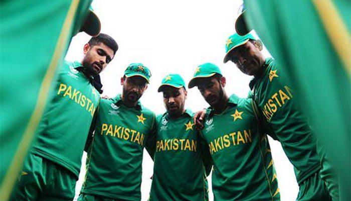 پاکستان آج سیاہ پٹیاں باندھ کر میچ کھیلے گی، جانیے کیوں؟