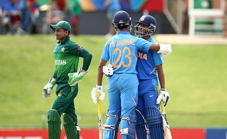 دفاعی چیمپئن بھارت  نے پاکستان کو شکست دے کر فائنل میں جگہ بنالی