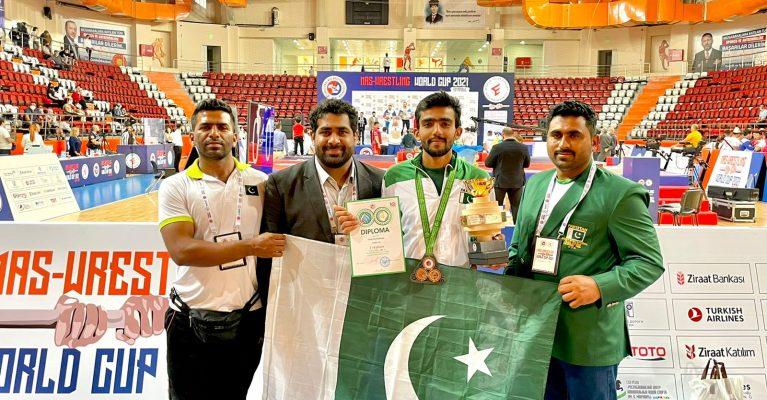 ترکی میں ماس ورلڈ ریسلنگ چیمپیٸن شپ پاکستانی کھلاڑی چھا گٸے